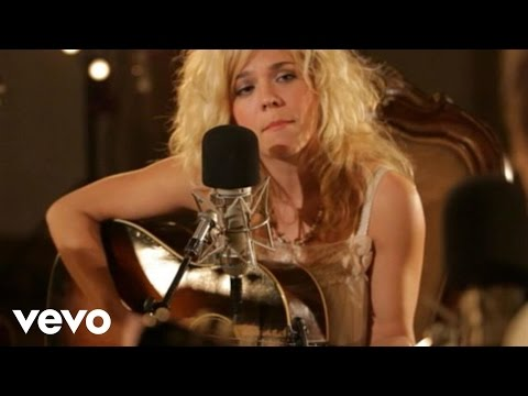 The Band Perry - Independence (Live From Oceanway Studios, Nashville 2010)