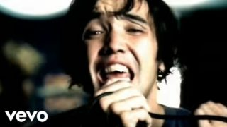hoobastank crawling in the dark youtube music 320x180 - Hoobastank - Crawling in the dark
