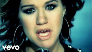 Kelly Clarkson - Low